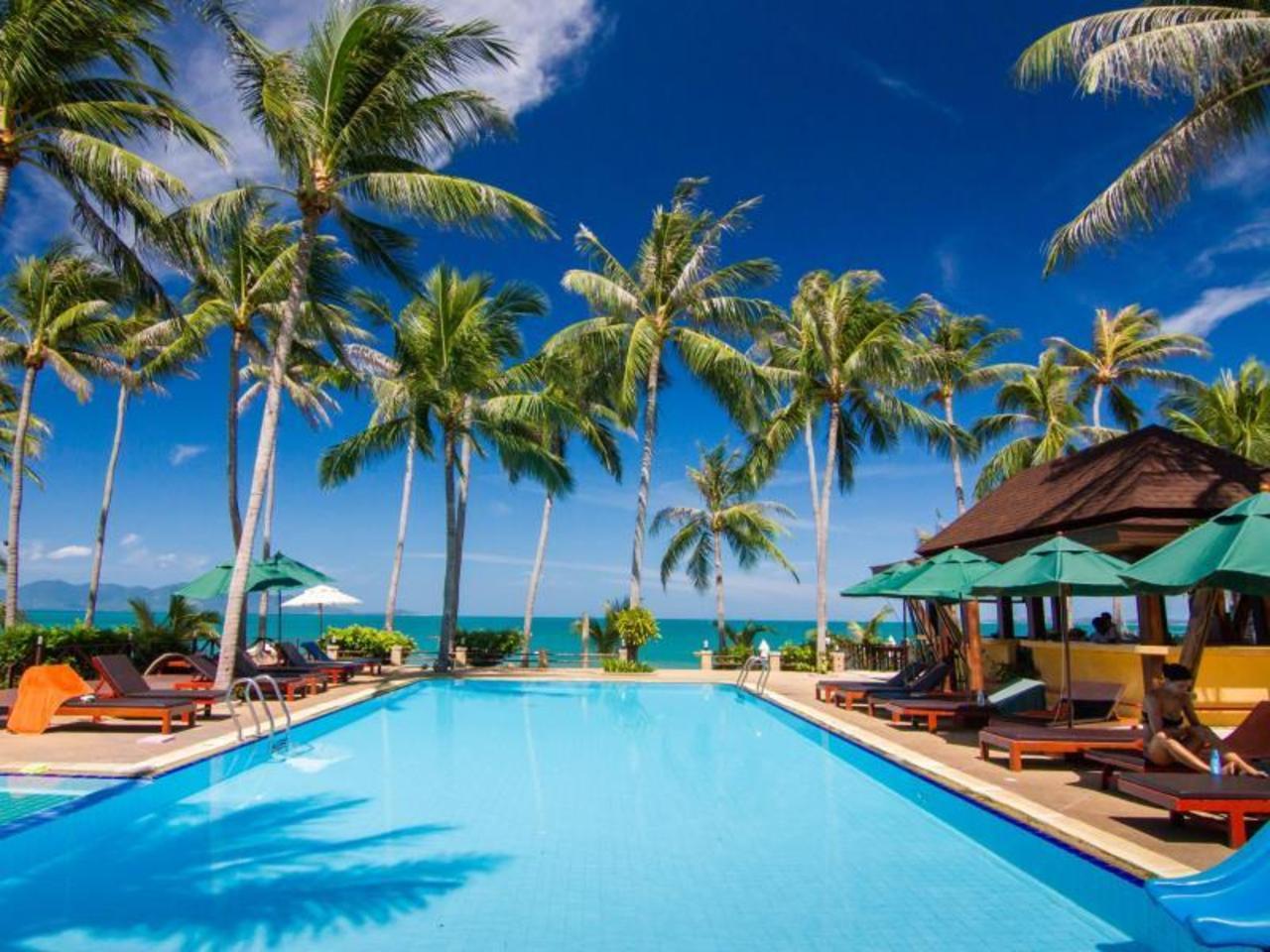 โคโค่ปาล์ม บีช รีสอร์ท (Cocopalm Beach Resort)