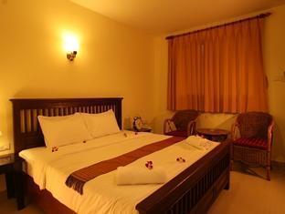 โรงแรมมารินา วิลลา