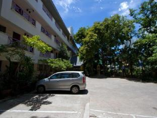 Sawasdee Place Pattaya Hotel Pattaya - Parking
