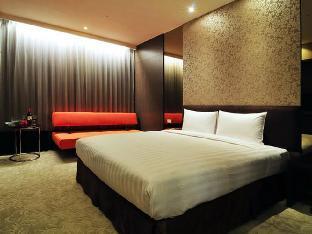 ロック ホテル1