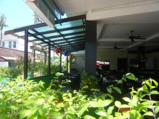 Mau-I Hotel Patong Phuket - Kohvik