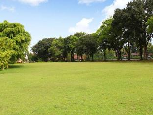 Country Woods Jakarta Jakarta - Recreational Facilities