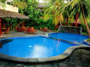 Nyiur Resort Hotel Pangandaran - Swimming Pool