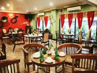Hotel Budi Palembang - Restaurant | Bali Hotels and Resorts