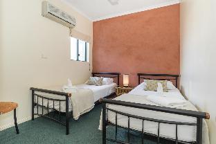 Mid City Luxury Suites2