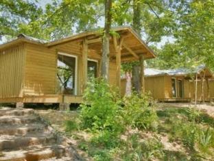 Albirondack Camping Lodge & Spa Альби