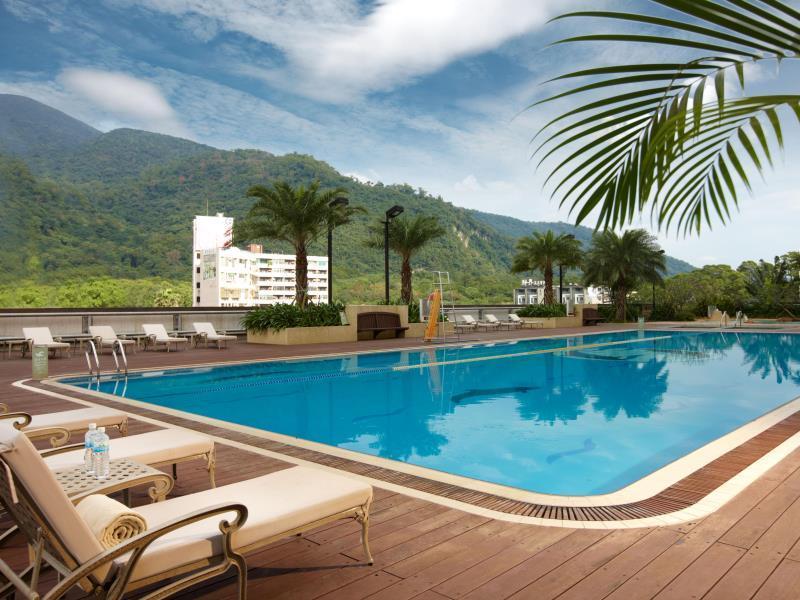 Taiwan Hotel Accommodation Cheap | Swimming Pool