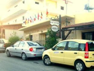 Hariklia Rent Rooms Hotel Zaros - Exterior