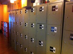 Rucksack Inn @ Temple Street Singapore - Lockers for Guest