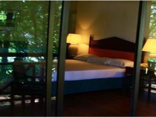 One Hotel Santubong Kuching - Chalet Bedroom