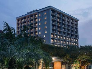 Get Coupons Delonix Hotel Karawang