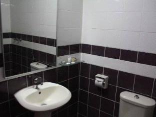 Samudra Court Hotel Kuching - kopalnica