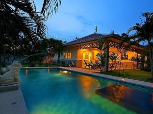 Thai Thani Pool Villa Resort Pattaya - Three-Bedroom Villa Deluxe with Private Pool