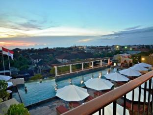 The 101 Bali Legian Hotel Bali - Kolam renang
