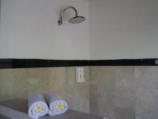 Taman Suci Suite & Villas Balis - Vonios kambarys