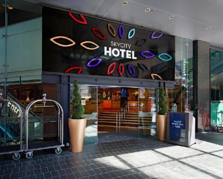 Skycity Hotel photo 1