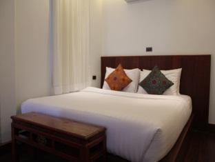 Sutra Beachfront Boutique Hotel Phuket - Deluxe Sea View