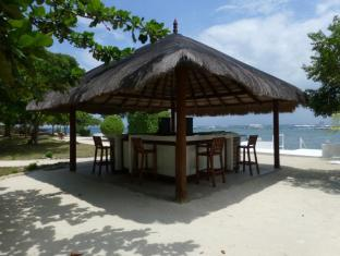 Talima Beach Villas & Dive Resort Cebu - Lối vào