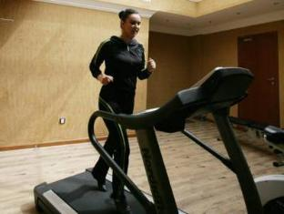 Auris Lodge Dubai - Fitness Room
