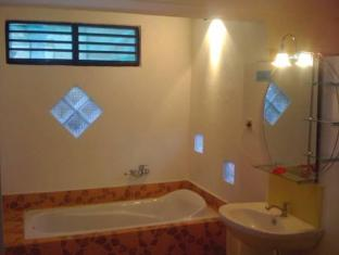 Bali Grand Sunsets Resort Bali - Bathroom