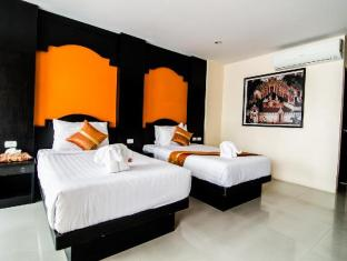 FunDee Boutique Hotel Patong Phuket - Phòng khách