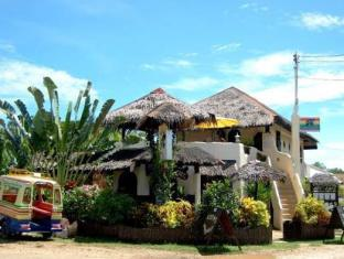Charts Resort & Art Cafe Panglao Island - Exterior