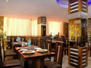 Hotel Shivdev International New Delhi and NCR - Restaurant
