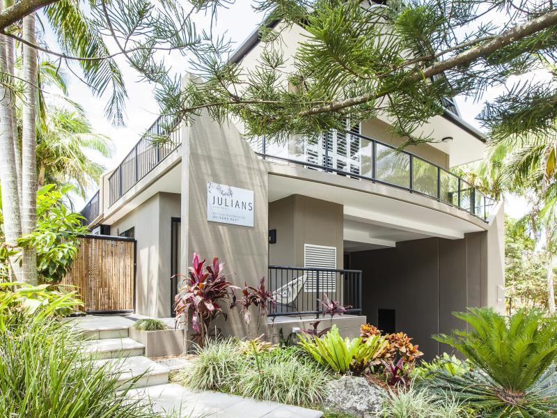 Julians Apartments Byron Bay