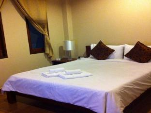 バーン タワン リゾート Baan Tawan Resort