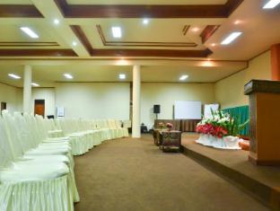 โรงแรมโทราจา มิซิเลียนา ทานาทอราจา - ห้องประชุม