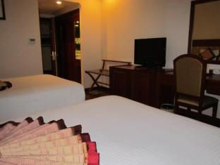 First-Luxury Wing Hotel Saigon Ho Chi Minh City - Deluxe