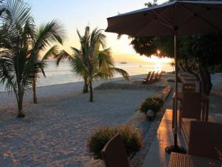 Linaw Beach Resort and Restaurant Panglao Island - Pearl Restaurant View