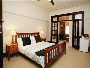 The Bank Guesthouse PayPal Hotel Taree