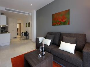 Fisa Rentals Gran Via Apartments photo 2