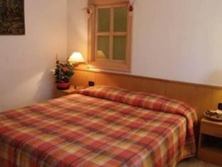 Hotel Cimone Lavarone - Guest Room