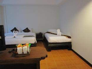 Wangburapa Grand Hotel guestroom junior suite