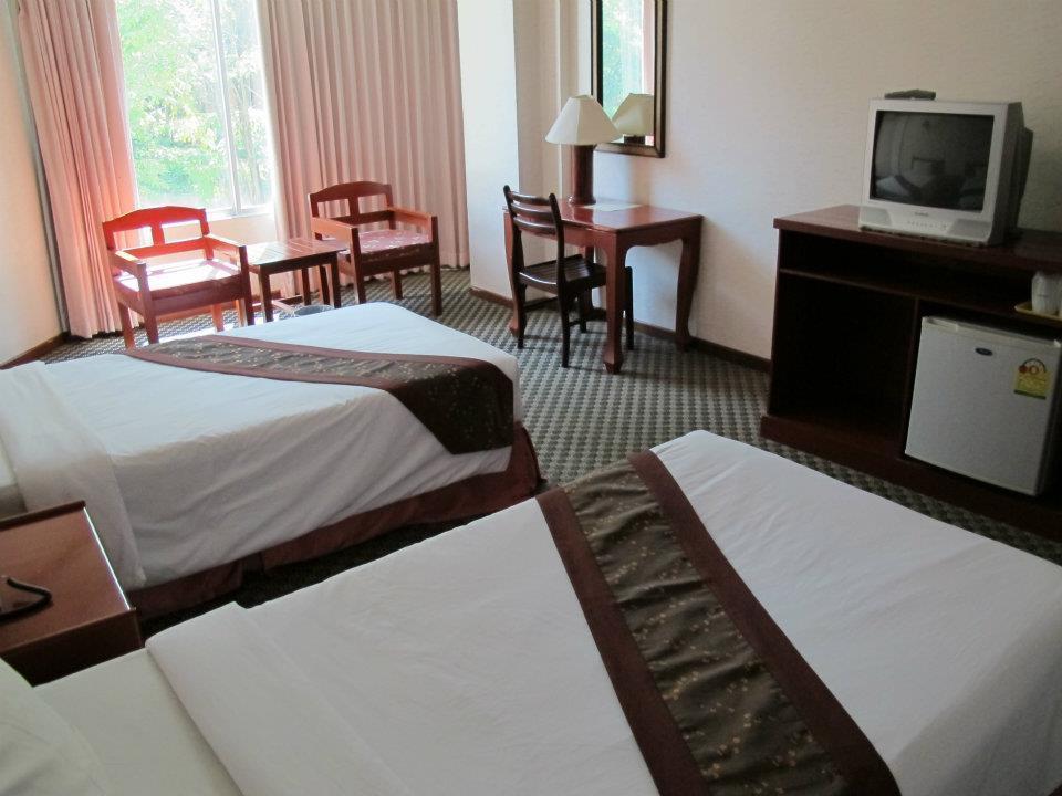 โรงแรมเบเวอร์ลี่ ฮิลล์ ปาร์ค