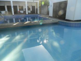 Mayflower Hotel Boracay Island - Swimming Pool