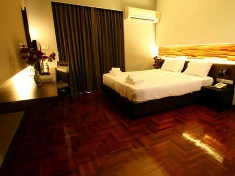 アット ワン イン フワランポーン ホテル(At One Inn Hualamphong Hotel)