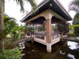 Villa Crisanta Batangas - Surroundings