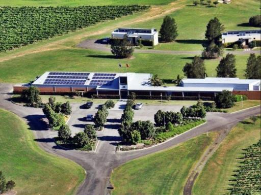 Adina Vineyard Accommodation hotel accepts paypal in Hunter Valley