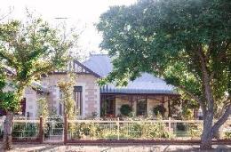 Strathbourne Accommodation - Hamilton House