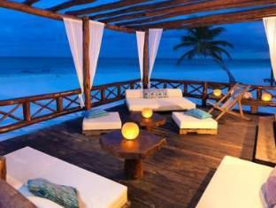 Hemingway Romantic Eco Resort Tulum - Balcony/Terrace