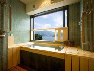 Fuji Lake Hotel Mount Fuji - Deluxe Room with Lake view
