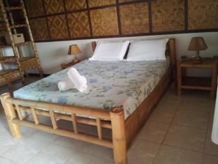 Villa Belza Resort Panglao Island - Queen Room