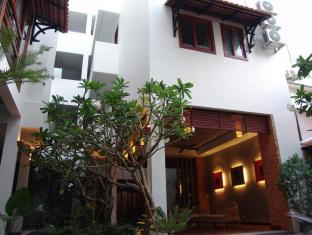 Frangipani Fine Arts Hotel Phnom Penh