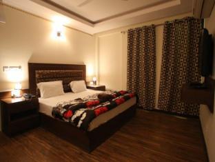 Hotel City Premier New Delhi and NCR - Super Deluxe Room