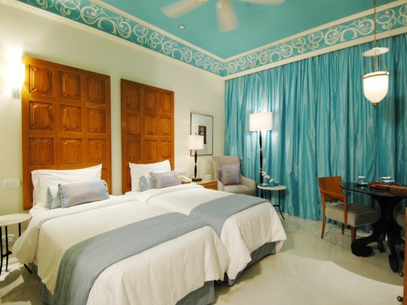 ジャイ マハル パレス ホテル