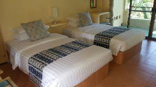Casa Papaya Boutique Resort guestroom junior suite