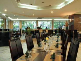 Danau Toba Hotel International Medan - Kafe